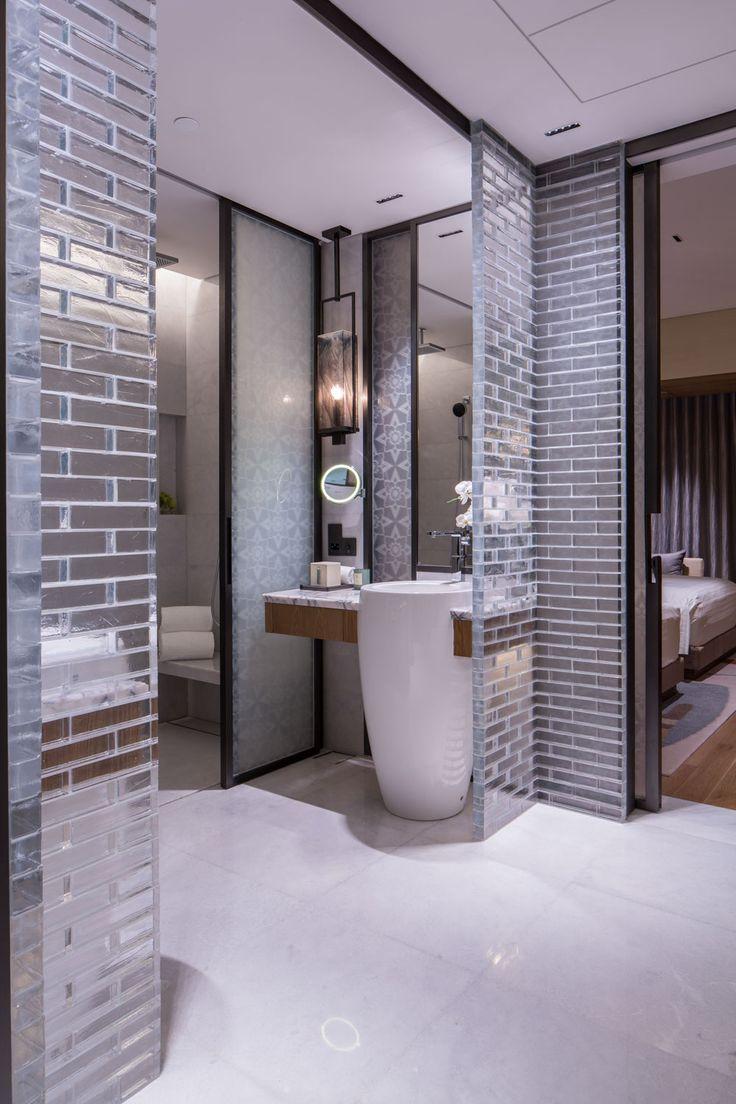 Conrad Guangzhou 189 best Hotel Public Toilet