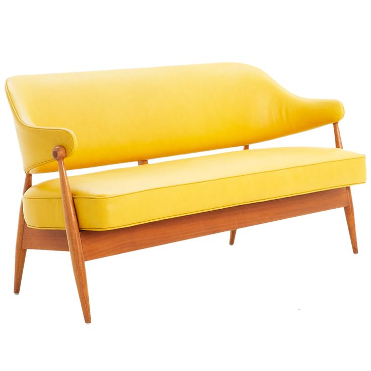 Elegant Danish Bench Upholstered In Yellow Leather
