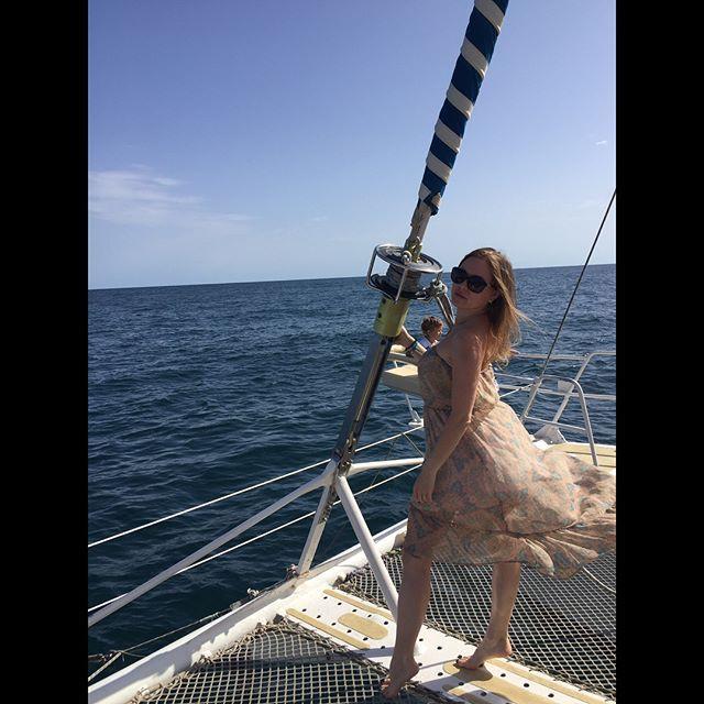 Утренняя морская прогулка на яхте, пока море ещё спокойное. 🌊 ⚓️🛥#sunrise #mediterraneansea #sea #vacation #rest #albatros #sousse #tunisia #nice #bluesky #seawind #friends #mymonday #наконецтоотпуск #тунис #сусс 🇹🇳