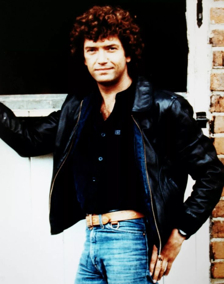A very young, and very gorgeous, Martin Shaw (from The Professionals)