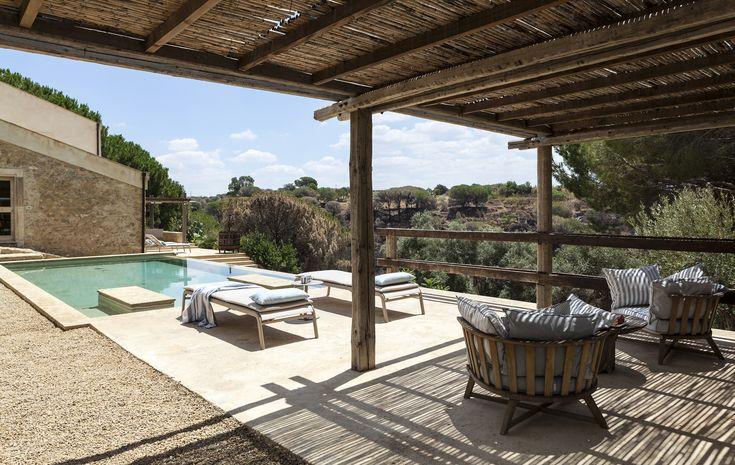 Girona, luxury vacation rental villa near Caltagirone,