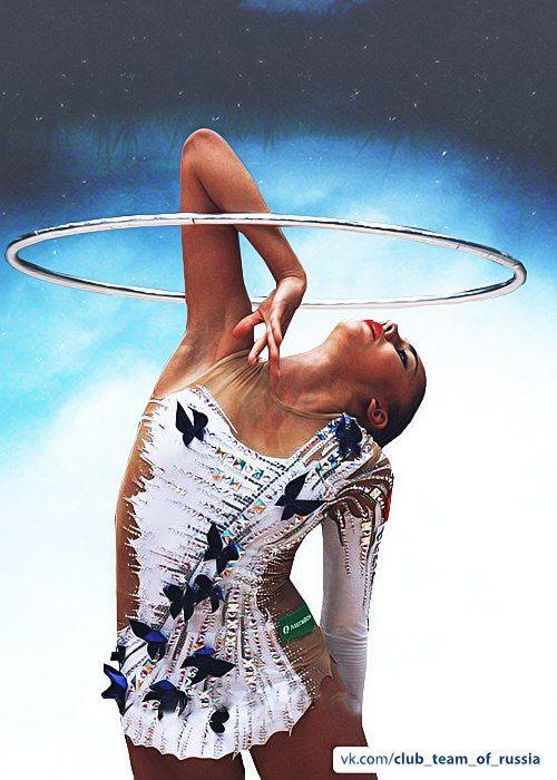 Margarita Mamun (Russia) hoop 2015, by Anastasia Todosieva