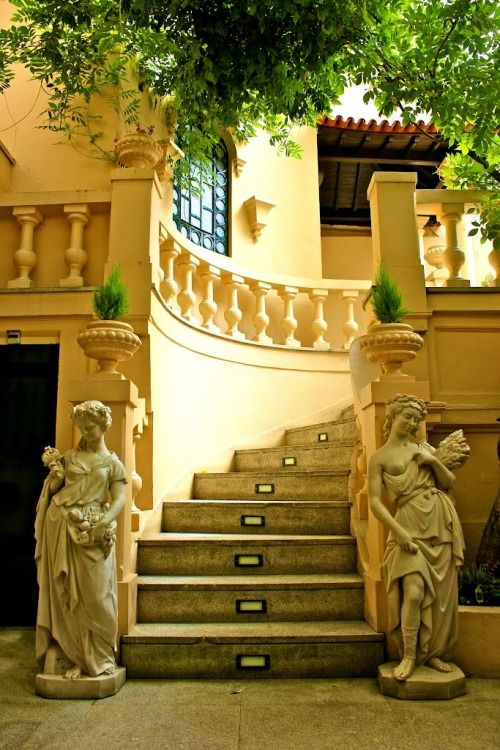 Interior Do Café Majestic www.webook.pt #webookporto #porto #arquitectura