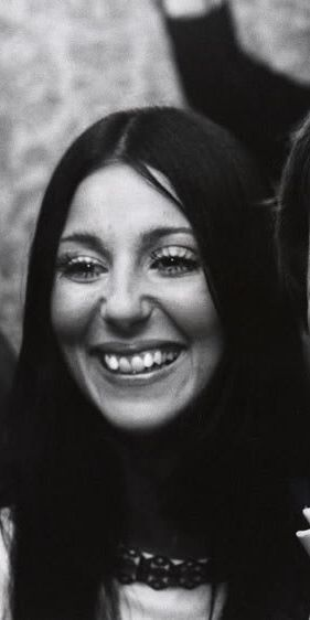 Cher with her original nose and teeth She was a fool to