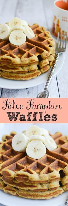 Paleo Pumpkin Waffles - healthy and delicious waffles recipe! Mehr