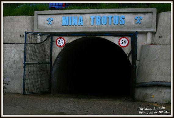"""Trotus salt mines near """"Targu' Ocna"""" city."""