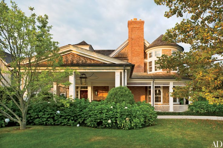 With its Shingle Style front portion and attached barnlike structures in the…