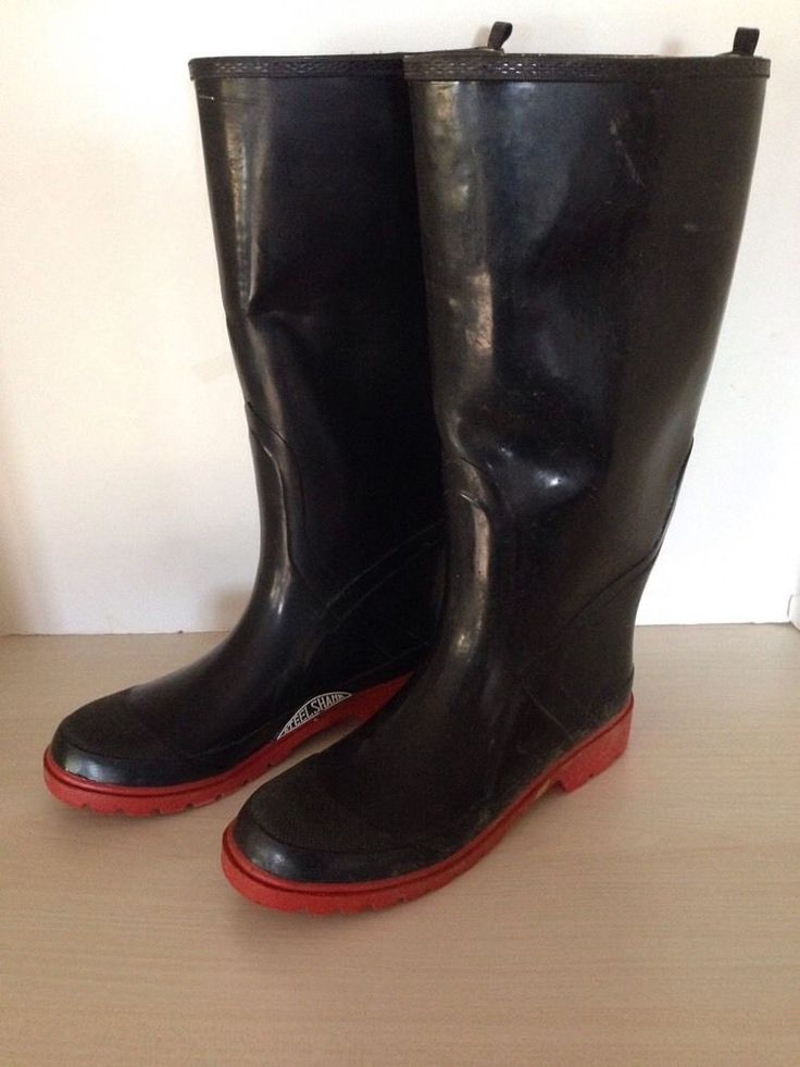 Size 7 Weather Spirits Steel Shank Rubber Boots