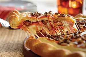5-Meat Stuffed — Our family's favorite pizza for family movie night! #PapaMurphysMom #sponsored