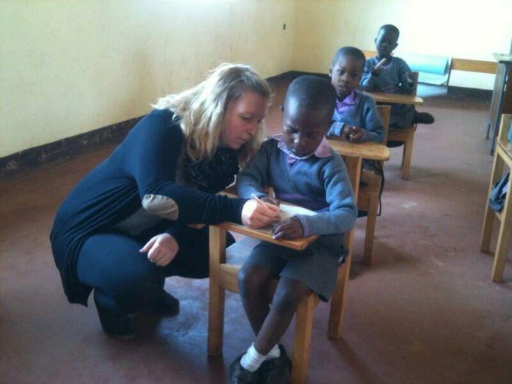 Undervisning www.afrikaintouch.dk #MushembaFoundation #Tanzania #Afrika #Africa #Volunteer #Volontør
