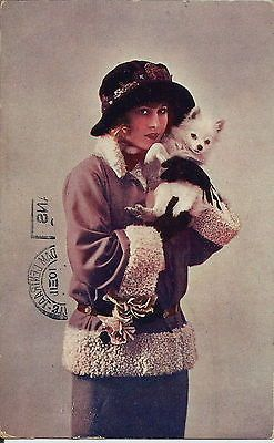 POMERANIAN-SPITZ-WOMAN-REAL-PHOTGRAPHIC-GLAMOUR-DOG-POSTCARD
