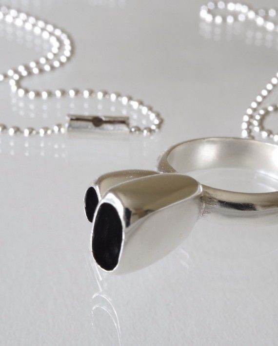 Ring holder necklace
