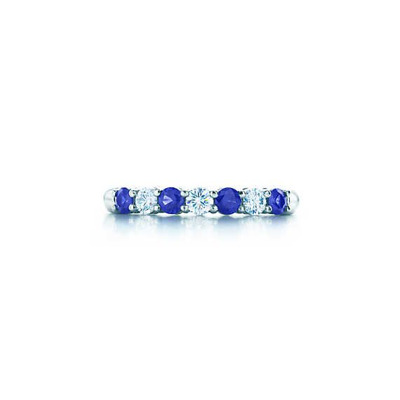 Tiffany Embrace® band ring in platinum with sapphires and diamonds, 3 mm wide. | Tiffany & Co.
