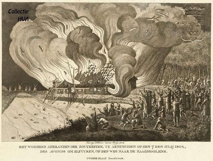 """Kopergravure van George Kockers, juwelier en graveur te Middelburg. In de nacht van 5 op 6 juni 1802 ontstond er een heftige brand in de zoutketen als gevolg van het springen van een stoof en korrelhuis van buskruitmolen """"de Grenadier"""" aan de Havendijk te Middelurg. Door het overwaaien van vonken werden 8 zoutketen geheel vernield en werden er 2 zwaar beschadigd."""