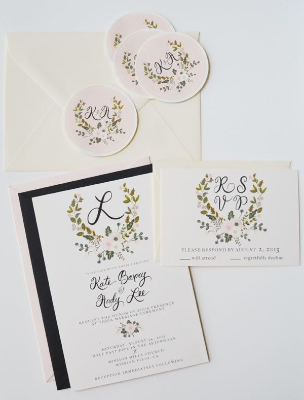 Dipinti a mano personalizzato nozze invito Suite / Set di corona 25-Crest by firstsnowfall on Etsy