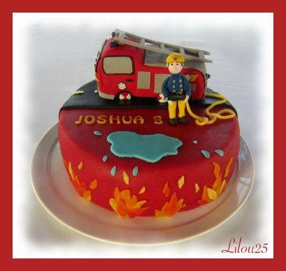 Joshua, pour ses 3 ans, désirait un gâteau Sam le Pompier...  Comme j'en ai fait déjà quelques uns, j'ai décidé de varier un petit...