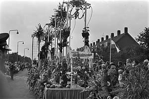 ANP Historisch Archief Community - Honselersdijk-westlandse Oogstfeesten-winnaar