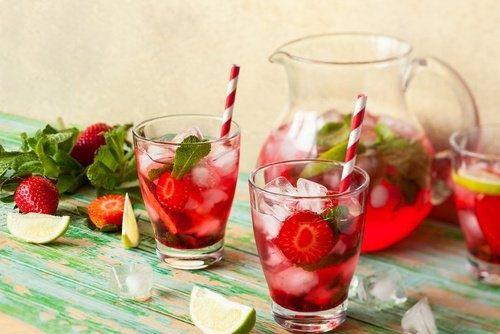 Detox-Wasser/gesunde Rezepte