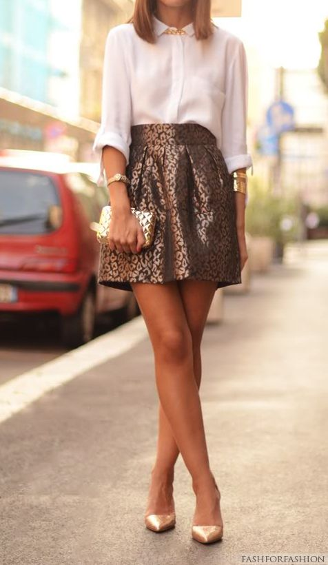 Must find a jacquard skirt like this one!