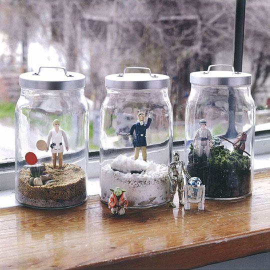 Star Wars Terrariums - Instead of glass, kids can use clear plastic jars to create landscapes for their action figures. Great for room decor