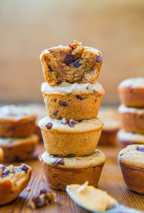 Flourless Peanut Butter Chocolate Chip Mini Blender Muffins - It doesn ...