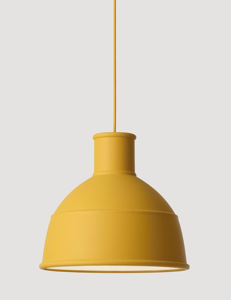 UNFOLD's soft silicon rubber shade creates a unique and playful take on the classic industry lamp design. With a warm and modern appearance, the choice of material and variety of available colors makes UNFOLD an affordable design lamp suitable for multiple settings.