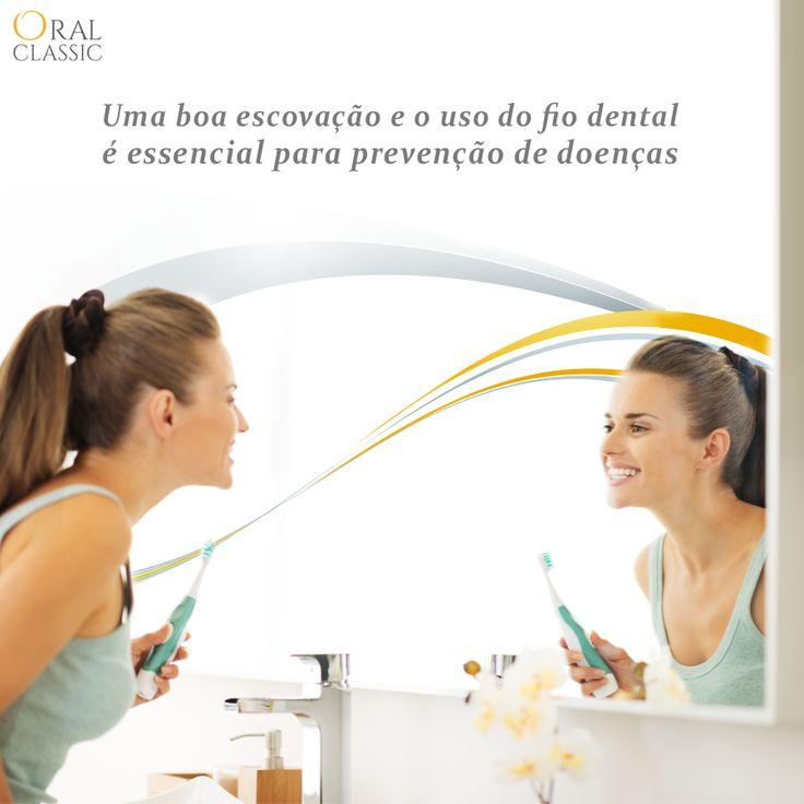 Gengivite é uma inflamação causadas pelo acúmulo da placa nos dentes e na gengiva. A gengivite deixa as gengivas sensíveis e vermelhas, podendo sangrar durante a escovação. Uma boa escovação e o uso do fio dental é essencial para prevenção da doença, que pode elevar para casos mais graves como a periodontite ou a periodontite avançada.       Agende sua consulta na Oral Classic pelos telefones: (48) 3413-7745 | (48) 99996-7745 (WhatsApp) ou faça o seu agendamento online…