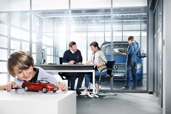 Με τα πακέτα #service Mercedes-Benz γνωρίζετε από πριν τι ακριβώς θα πληρώσετε για εργασία και ανταλλακτικά.   Δείτε ενδεικτικές τιμές στο http://mercedes.koumantzias.gr/el/paketa-service.html  #mercedesbenz   #thessaloniki   #service