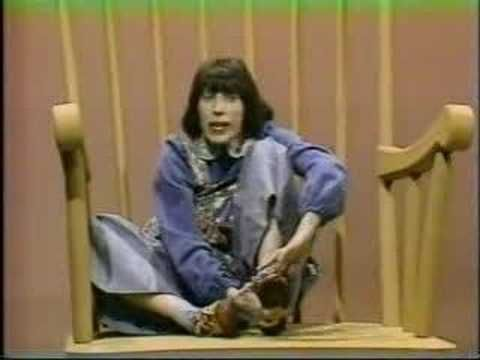 I LOVED Edith Ann when I was little! Good ole Sesame Street. Also. Lily Tomlin. Genius.