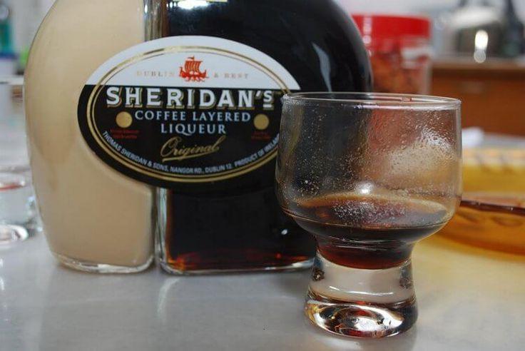 Пить ликер Шериданс можно залпом, а можно каждый слой отдельно