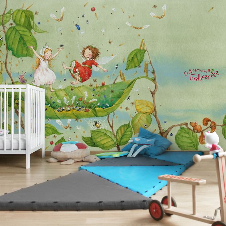 Kindertapeten - Vliestapeten - Erdbeerinchen Erdbeerfee - Trampolin - Fototapete Breit