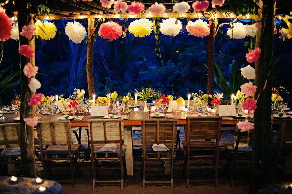 fiesta!Ideas, Rehearsal Dinner, Tissue Paper Flower, Dinner Parties, Paper Flowers, May 5, Tissue Flower, Tissue Pom Pom, Parties Decor