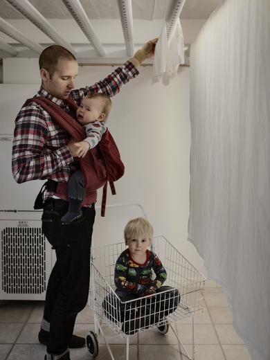 Swedish Dads | Johan Bävman - No other country provides such generous terms of parental leave as Sweden. The current system allows parents to stay at home with their child during 480 days in total – while receiving an allowance from the State. Out of these 480 days, sixty must be taken by the father or else are lost. The purpose of this allocation is to improve gender equality. In order to promote a more equal sharing of parental leave between men and women, a so called equality bonus has…
