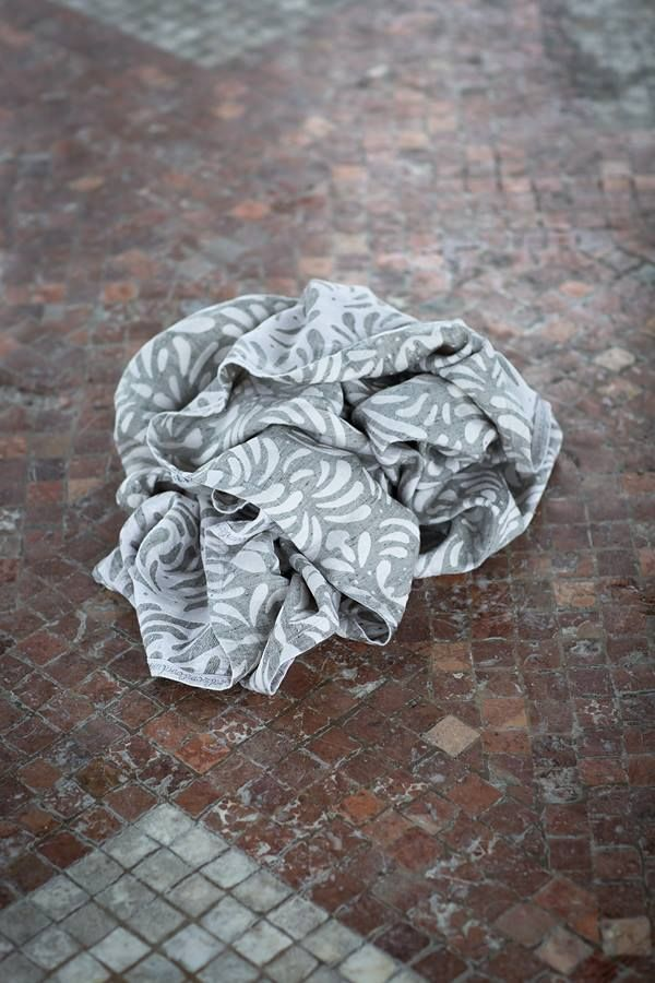 lovaloom Petalissimo Carrara Wrap (viscose, linen, seaweed)
