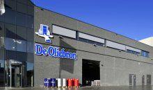 Een kantoor met bedrijfs-, expeditie- en opslagruimte voor De Oliebron in Zwijndrecht. Hercuton heeft het gebouw ontworpen en turn-key inclusief infra gerealiseerd.