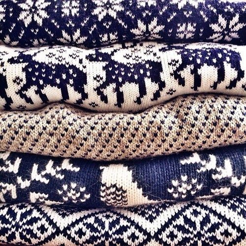 Bild über We Heart It https://weheartit.com/entry/148334293 #blue #christmas #clothes #fashion #navidad #sweaters #white #winter