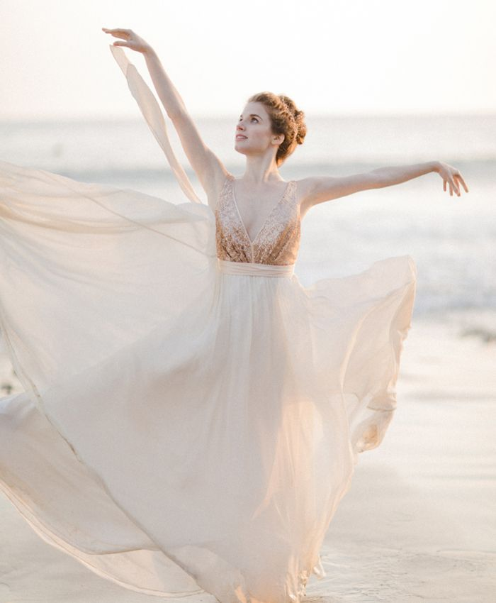 Tiny Dancer: A Ballet-Inspired Bride | Hearts Aflutter by Flutter Magazine // photo by Jennifer Fujikawa Photography