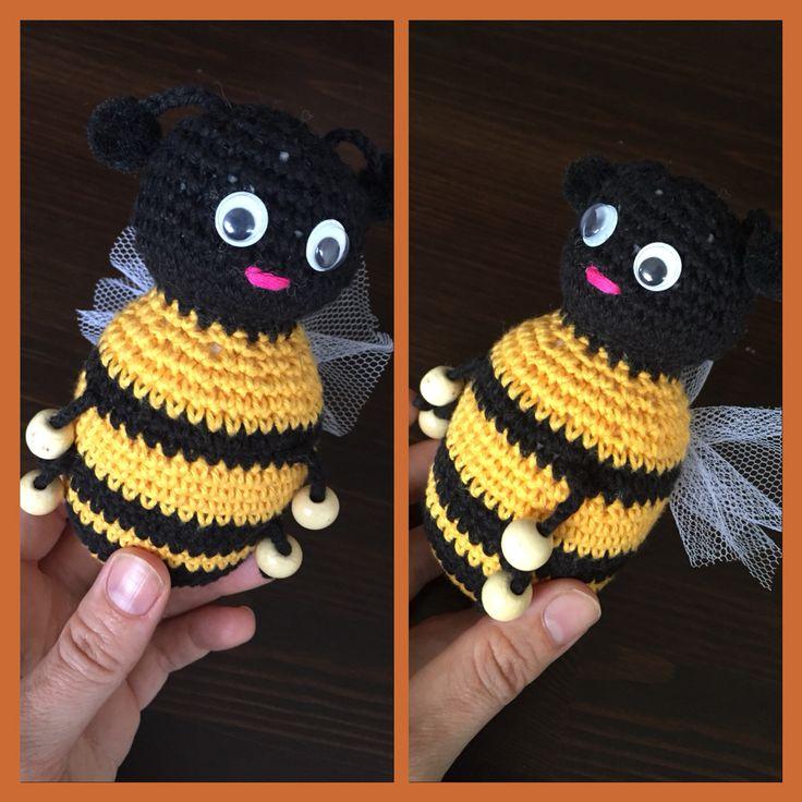 Hækle bi