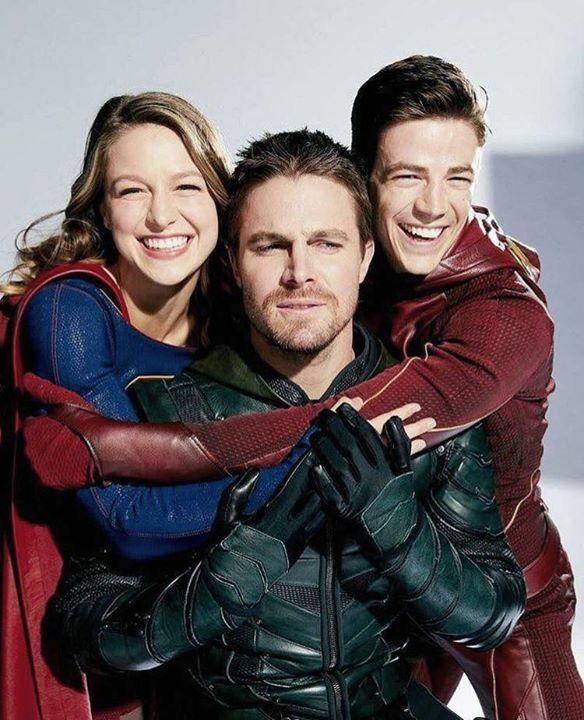 Stephen Amell Grant Gustin And Melissa Benoist Arrow Theflash Supergirl Supergirl And Flash Superhero Shows Supergirl