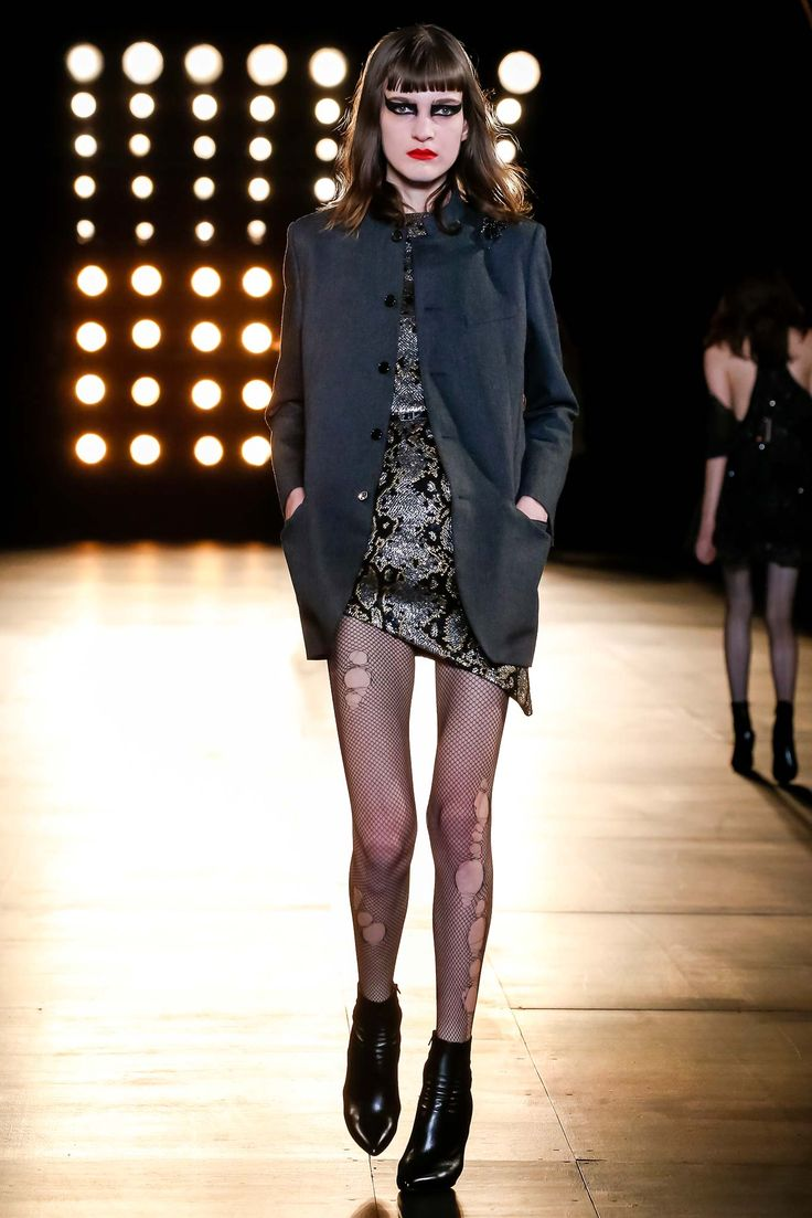 Saint Laurent Fall 2015 Ready-to-Wear Collection