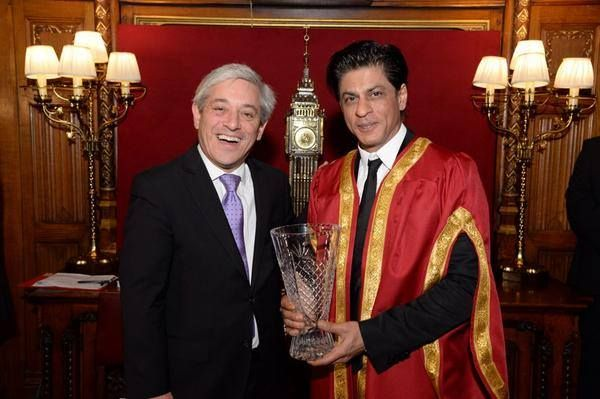 ShahRukh Khan awarded the Global Diversity Award 'Oct 4' 2014  We congratulate #Bollywood superstar for his outstanding achievements in the field of cinema!!! Site : www.bollywooderrors.com