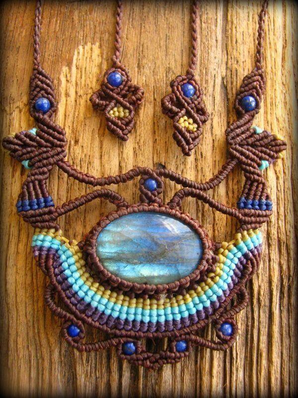 画像1: 青いシラーが神秘的なカナダ産ラブラドライト&ラピスラズリのデザインネックレス*マクラメ*ハンドメイド*天然石*パワーストーン