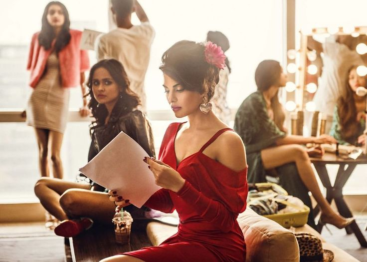 Жаклин Фернандес (Jacqueline Fernandez) в фотосессии для Vogue India