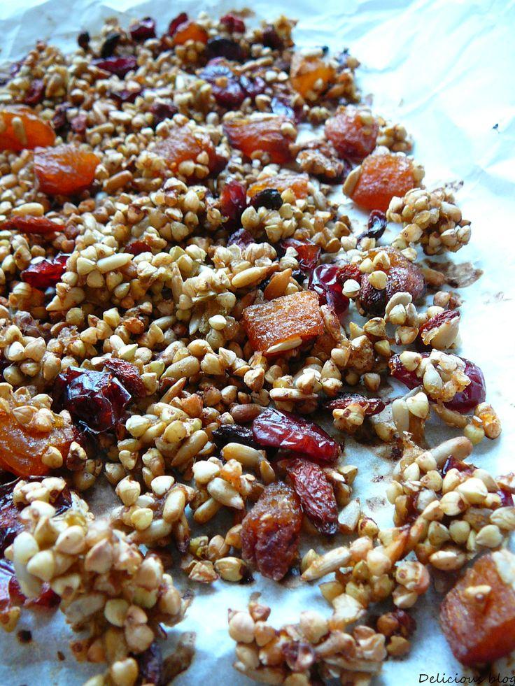 : Pohanková granola