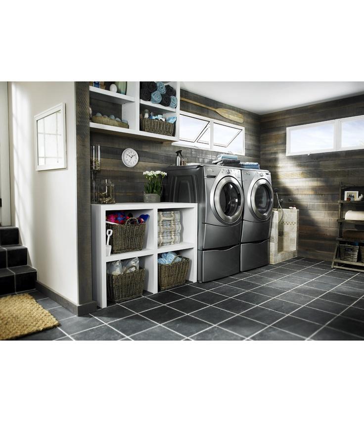 Nice Laundry Room(dog bath)
