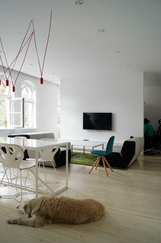 NKSH studio design by MUS architects
