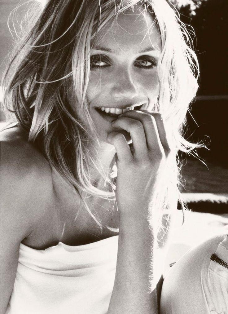 Cameron Diaz, for Vogue US (Photography by Mario Testino)   2009