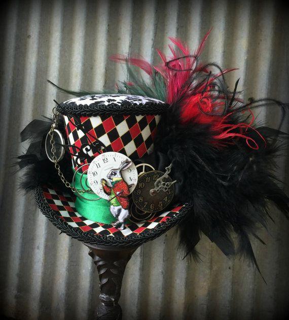 Mini Top Hat, Alice in Wonderland Mini Top Hat, White Rabbit Diorama Hat, Mad Hatter Hat, Mad Tea Party Hat, STeampunk Rabbit Hat