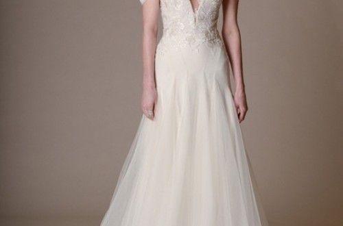 Preciosa Colección de Vestidos de Novia Elegante y Femenina por Marchesa - Primavera 2016 - Bodas