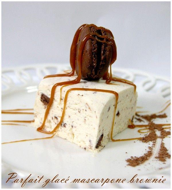 Parfait mit Mascarpone und gebrochen Brownie